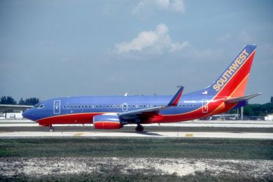 Southwest , 737-7 , N402WN