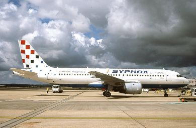 SYPHAX AIRLINES  A320  9A-CTF